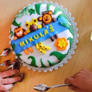 Oslava narozenin se neobejde bez dortu